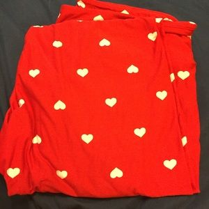 Lularoe happy hearts Valentine's Day red leggings